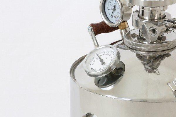 Подарок самогонный аппарат vip самогонный аппарат устрой